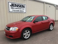 2013 Dodge Avenger SE Car