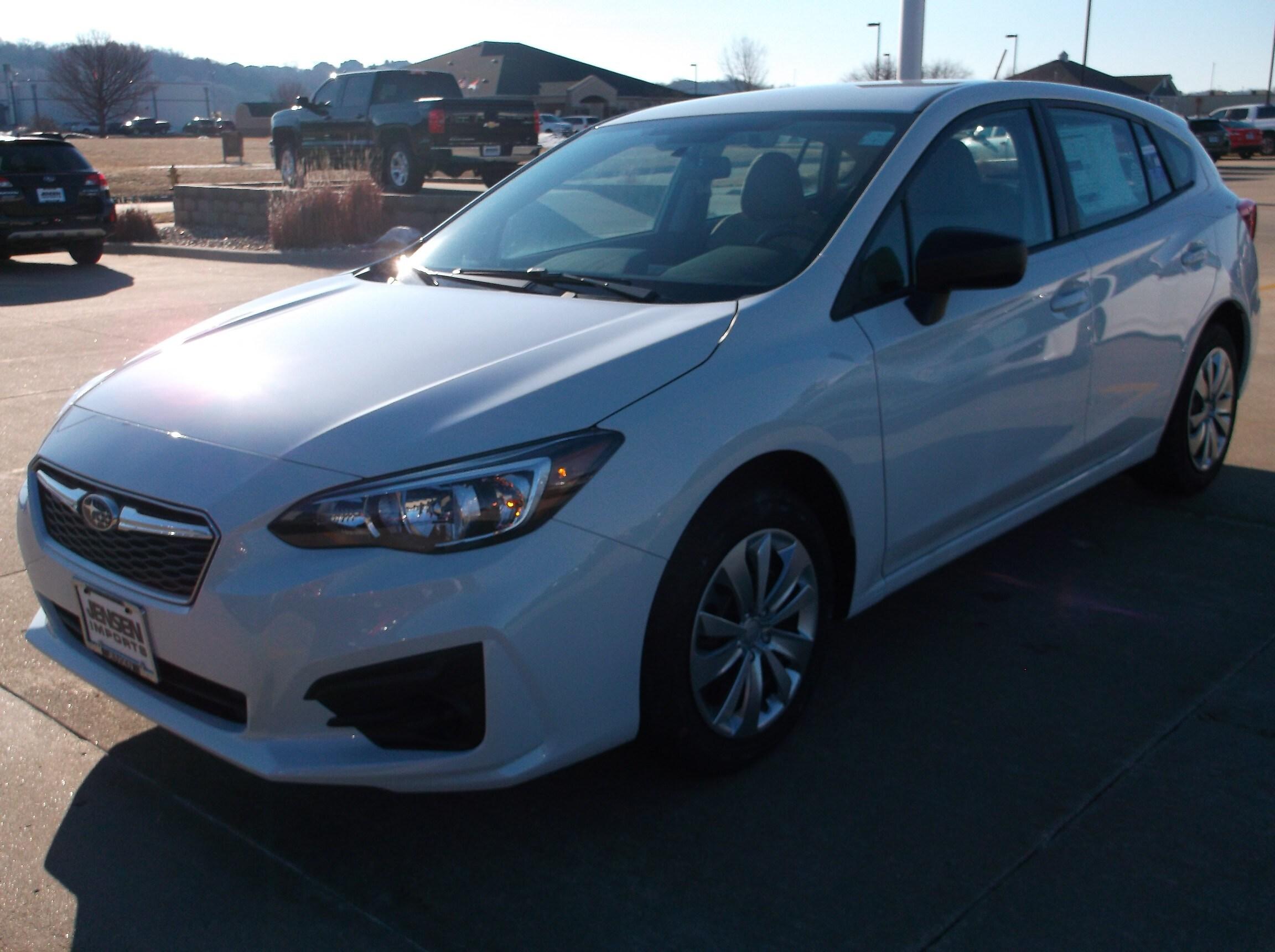 2019 Subaru Impreza 2.0i Car