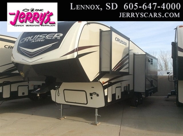 2018 Crossroads Cruiser Aire 29SI 3 Slides, center island RV-Fifth Wheel