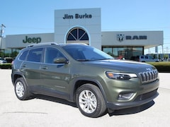 New 2019 Jeep Cherokee LATITUDE FWD Sport Utility 1C4PJLCX5KD312686 for sale in Birmingham, AL at Jim Burke Automotive
