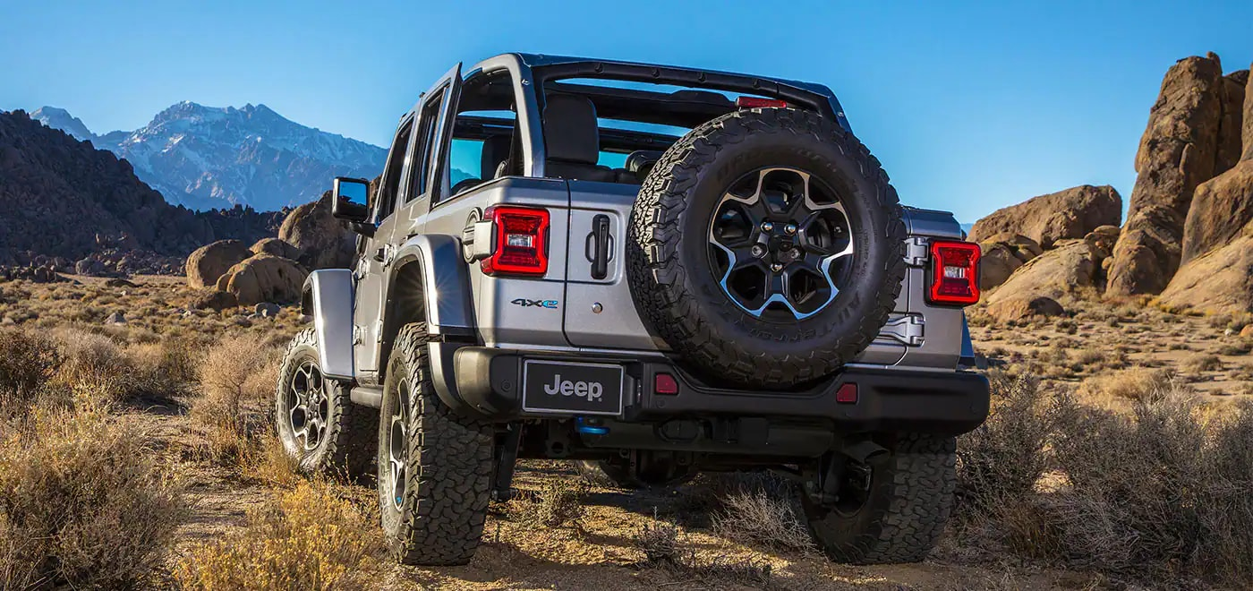 Jeep Wrangler 4xe Offroading