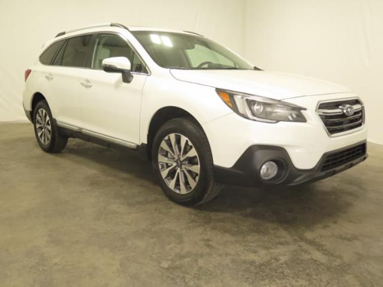 2019 Subaru Outback 3.6R Touring SUV 4S4BSETC3K3341153