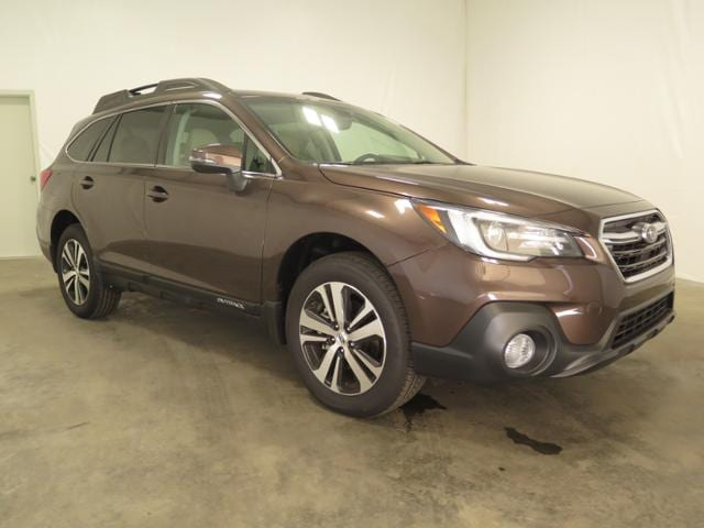 2019 Subaru Outback 3.6R Limited SUV 4S4BSENC3K3294123