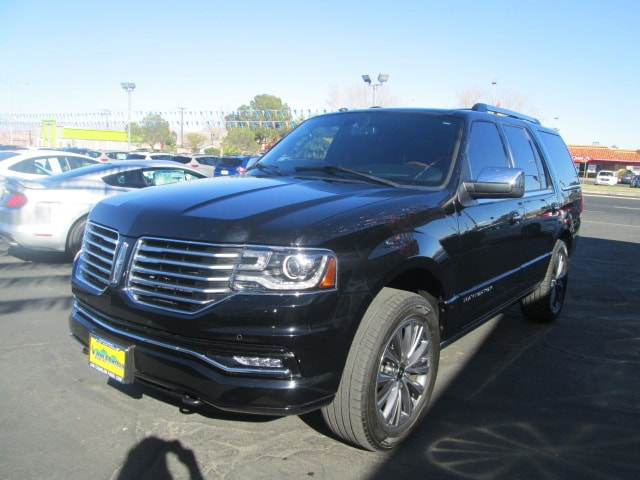 2017 Lincoln Navigator Select 4D SUV