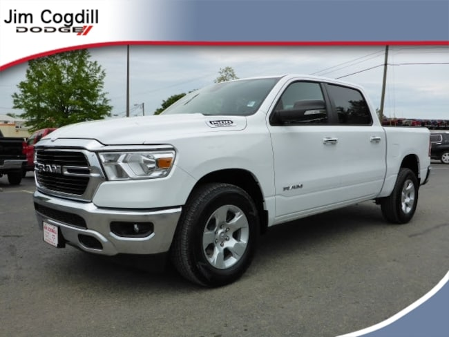 New 2019 Ram 1500 BIG HORN / LONE STAR CREW CAB 4X2 5'7 BOX Crew Cab for sale in Knoxville, TN at Jim Cogdill Dodge Chrysler Jeep Ram