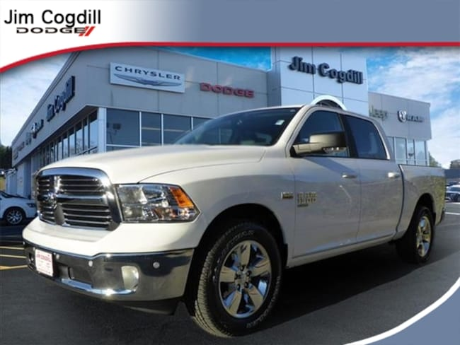 New 2019 Ram 1500 CLASSIC BIG HORN CREW CAB 4X2 5'7 BOX Crew Cab for sale in Knoxville, TN at Jim Cogdill Dodge Chrysler Jeep Ram