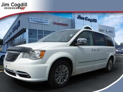 Used 2016 Chrysler Town & Country Touring-L 2C4RC1CG7GR189212 For sale near Maryville TN