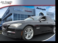 Used 2010 BMW 750i xDrive Sedan For sale near Maryville TN