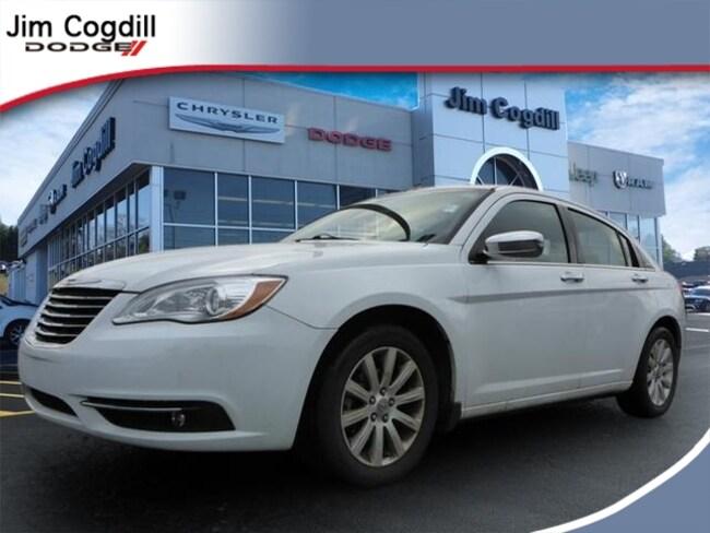 Used 2014 Chrysler 200 Limited Sedan For sale near Maryville TN