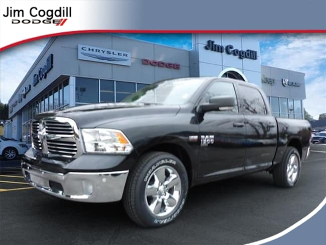New 2019 Ram 1500 CLASSIC BIG HORN CREW CAB 4X4 5'7 BOX Crew Cab for sale in Knoxville, TN at Jim Cogdill Dodge Chrysler Jeep Ram