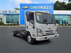 2017 Chevrolet Low Cab Forward 4500HD Cab and Chassis