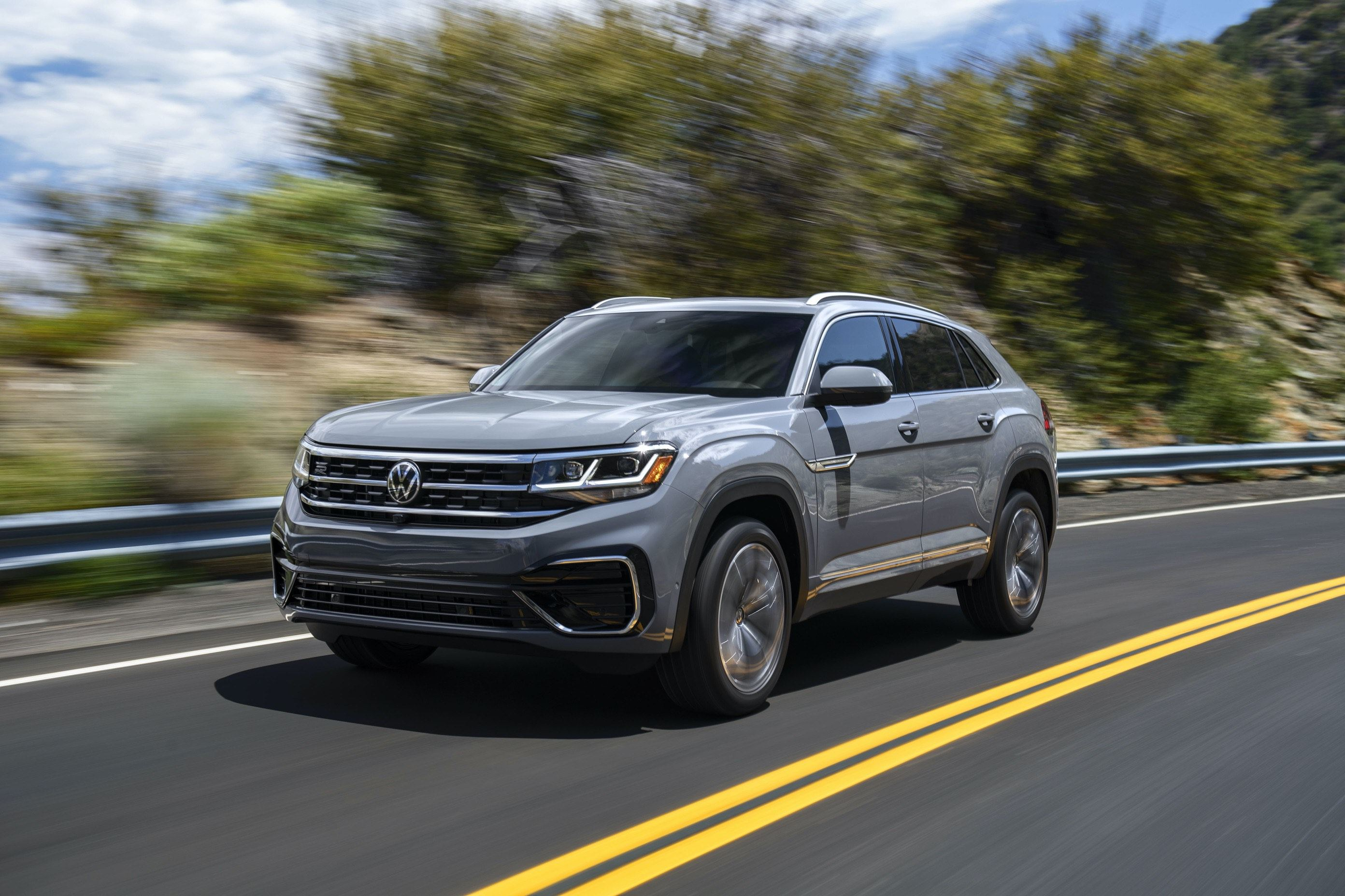 2020 Volkswagen Atlas Cross Sport winding road