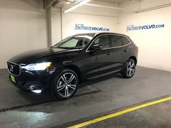 used luxury cars 2019 Volvo XC60 T5 Momentum SUV for sale in Portland, OR