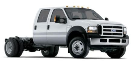 2006 Ford Super Duty F-550 DRW XLT Chassis Truck