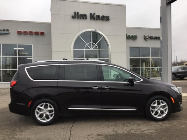 Used 2018 Chrysler Pacifica Touring L Plus Minivan/Van for Sale in Hillsdale, MI