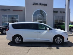 Used 2018 Chrysler Pacifica Touring L Minivan/Van for Sale in Hillsdale, MI
