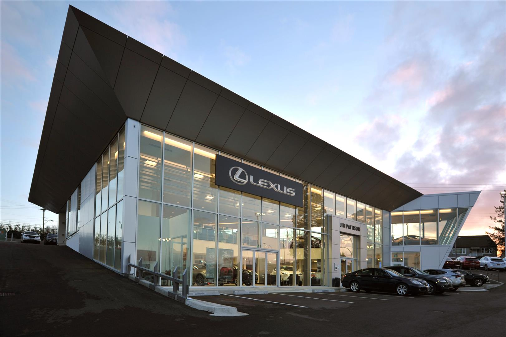 to at autoevolution may dealers lexus arrive photos news in ls