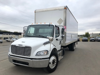 2016 FREIGHTLINER M2  106 26' Dry Van W/ Power Gate