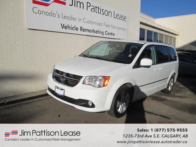 2017 Dodge Grand Caravan 3.6L Leather Crew Plus w/NAV!, DVD, & Bluetooth Minivan