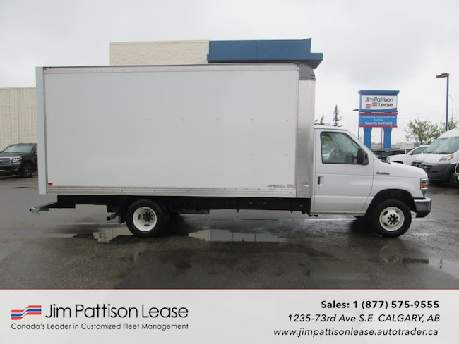 2018 Ford E-450 Cutaway 6.2L RWD 16 Ft. Cube Van w/Man Door & Ramp Truck