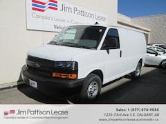 2019 Chevrolet Express 2500 4.3L V-6 LOW KM cargo Van w/B.U. Camera Van Cargo Van