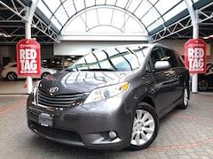 2013 Toyota Sienna XLE AWD  Van