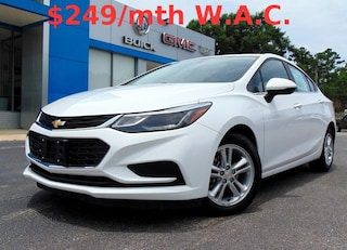 2017 Chevrolet Cruze LT Auto Sedan 1G1BE5SM1H7110011