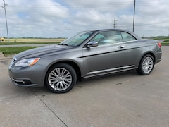 2012 Chrysler 200 Limited Convertible