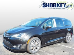 New 2020 Chrysler Pacifica LIMITED Passenger Van For Sale in Austintown, OH