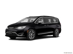 New 2020 Chrysler Pacifica TOURING Passenger Van For Sale in Austintown, OH