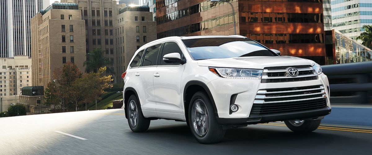 New Toyota Highlander near Maumee