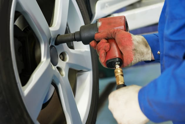 Lincoln tire maintenance in Houston