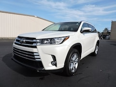 Pre Owned 2017 Toyota Highlander Limited SUV 5TDYZRFH4HS190873 in Greenville, NC