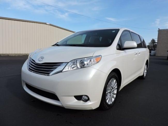 Used  2015 Toyota Sienna XLE Premium Minivan/Van in Greenville