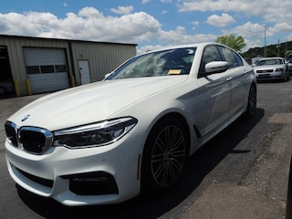 2017 BMW 5 Series 540i Sedan WBAJE5C3XHG478175
