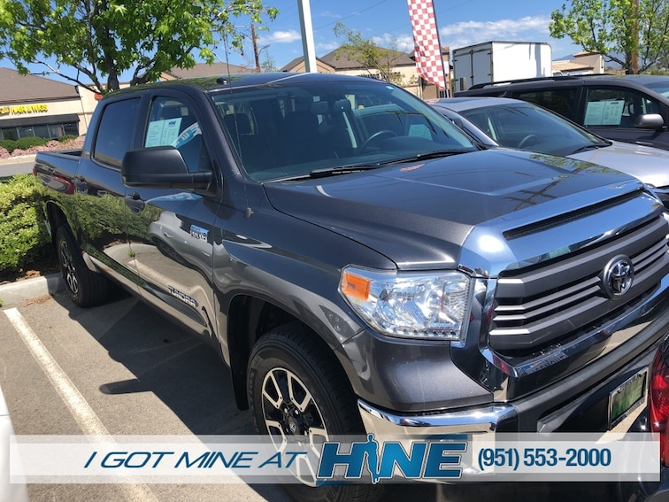 Used 2015 Toyota Tundra SR5 5.7L V8 Truck for sale in Temecula, CA