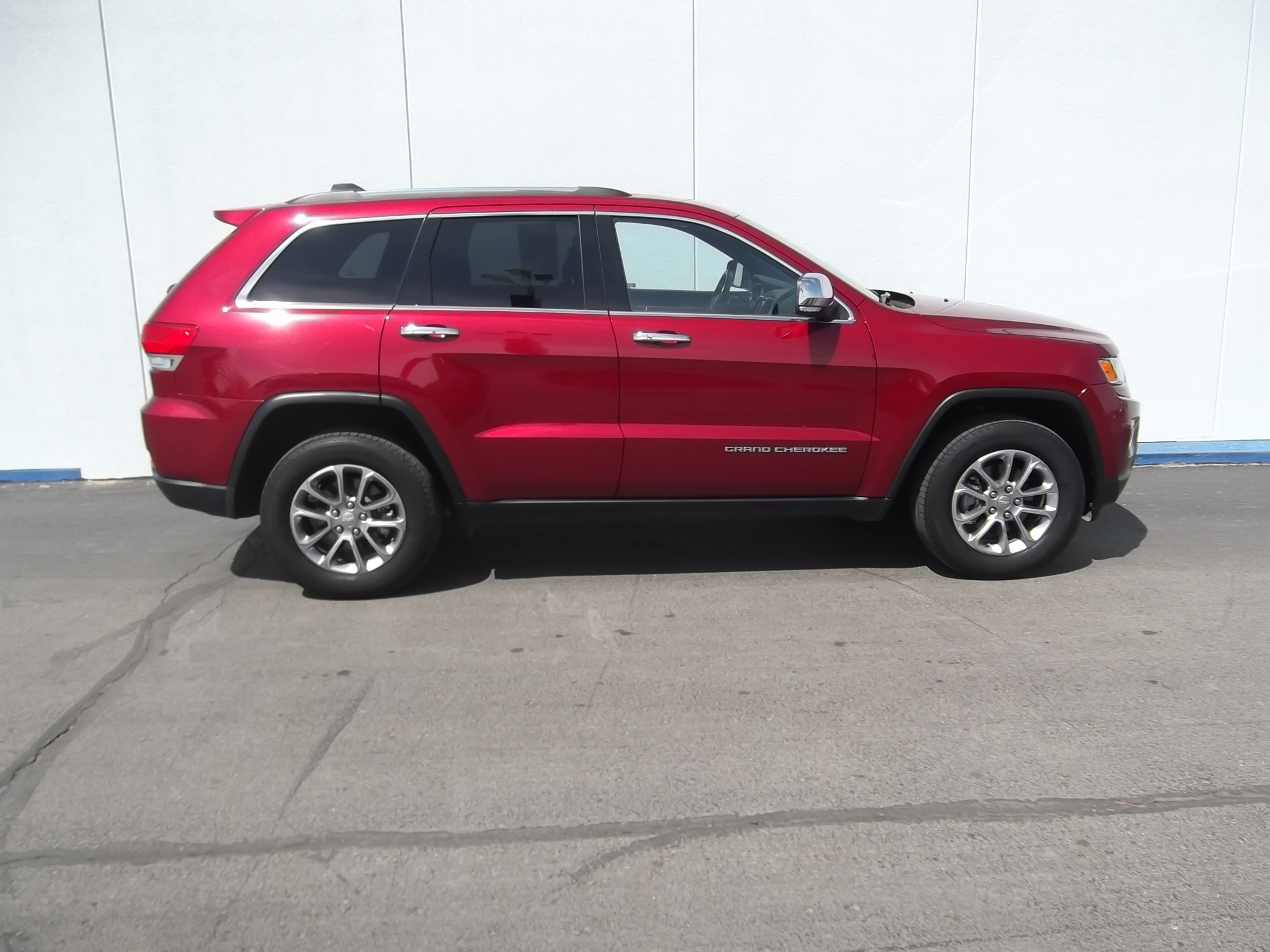 2015 Jeep Grand Cherokee Limited 4WD SUV