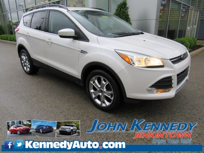 Certified Pre-Owned 2016 Ford Escape SE SUV in Jenkintown