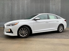 2019 Hyundai Sonata SE Sedan DYNAMIC_PREF_LABEL_INDEX_INVENTORY_FEATURED1_ALTATTRIBUTEAFTER