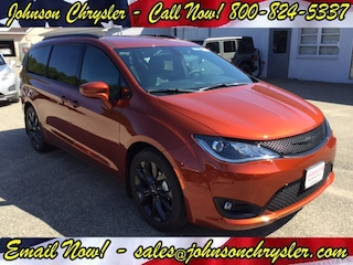New Chrysler Dodge Jeep RAM for sale 2018 Chrysler Pacifica TOURING L PLUS Passenger Van in Wisconsin Rapids, WI