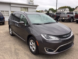 New Chrysler Dodge Jeep RAM for sale 2018 Chrysler Pacifica Hybrid TOURING L Passenger Van in Wisconsin Rapids, WI