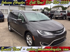 2018 Chrysler Pacifica Hybrid TOURING L Passenger Van For Sale in Wisconsin Rapids, WI