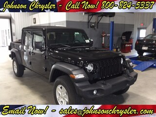 New Chrysler Dodge Jeep RAM for sale 2020 Jeep Gladiator SPORT S 4X4 Crew Cab in Wisconsin Rapids, WI