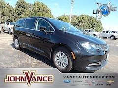 New 2018 Chrysler Pacifica LX Passenger Van DYNAMIC_PREF_LABEL_INVENTORY_LISTING_DEFAULT_AUTO_NEW_INVENTORY_LISTING1_ALTATTRIBUTEAFTER