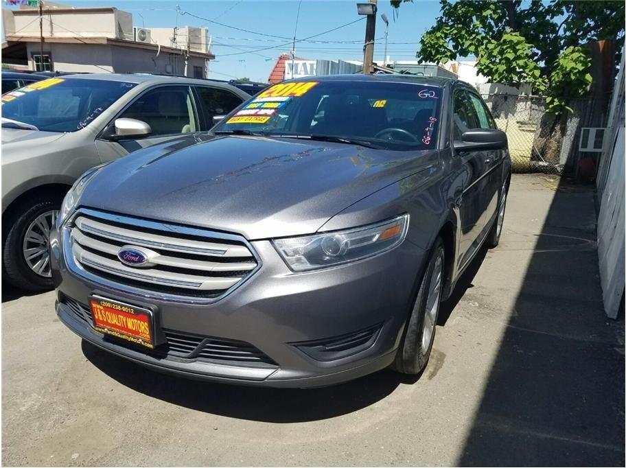 2014 Ford Taurus SEL Sedan