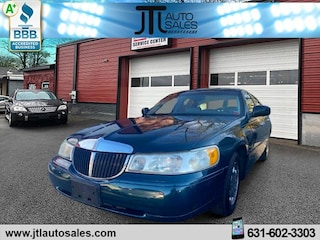Used 1999 Lincoln Town Car Signature Sedan for sale in Selden, NY