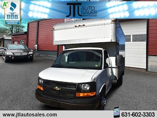 Used 2006 Chevrolet Express Cutaway Work Van Truck for sale in Selden, NY