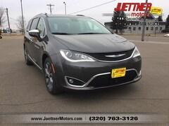 New 2019 Chrysler Pacifica LIMITED Passenger Van For sale in Alexandria MN, near Morris