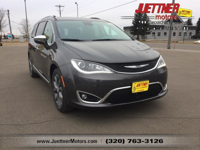 New 2019 Chrysler Pacifica LIMITED Passenger Van in Alexandria, MN