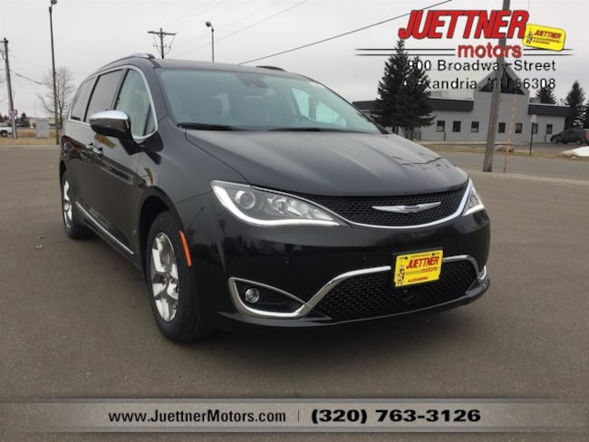 New 2019 Chrysler Pacifica LIMITED Passenger Van in Alexandria, MN